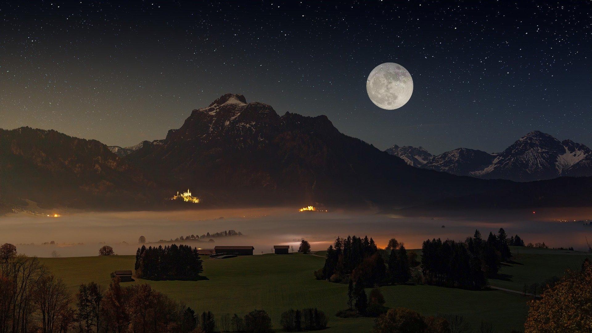 Vollmond im September 2020 – Mond und Mars gehen gemeinsam auf!